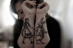 Tattoo Alice In Wonderland and White Rabbit/Alicia en el País de las Maravillas y el Conejo Blanco