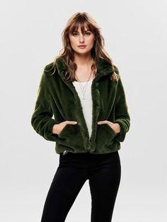 Comprar Cazadoras y americanas de COLECCIÓN. La Premiere Reebok, Nike, Faux Fur, Bomber Jacket, Leather Jacket, Espadrilles, Jumpsuit, Sweatshirts, Products