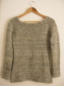 Caora sweater
