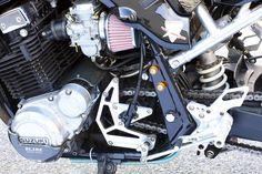 油冷エンジン搭載、モノサス化、足まわり流用改など、さまざまなカスタム手法を採り入れてきたカタナカスタム。