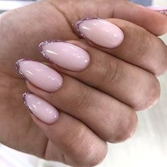 Discover new and inspirational nail art for your short nail designs. Hot Nails, Pink Nails, Hair And Nails, Acrylic Nail Shapes, Acrylic Nails, Simple Nails Design, Overlay Nails, Summer Toe Nails, Nagellack Trends