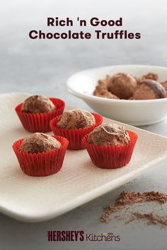 Say hello to your new favorite treat: Rich 'n' Good Chocolate Truffles. This quick and easy recipe is made with HERSHEY'S Chocolate Chips and HERSHEY'S Semi Sweet Chocolate to create the ultimate bite-sized truffle. These will be a delicious homemade favorite at any holiday party.