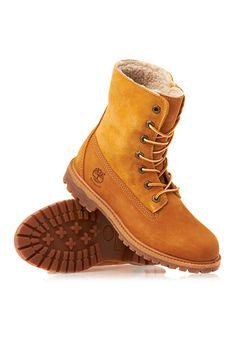 8db849b9532b 7 Winter Boots That DON T Mess Around