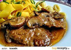 Vepřová pečeně se směsí hub a majoránkou recept - TopRecepty.cz Meat Recipes, Cooking Recipes, Food 52, Stew, Food And Drink, Lunch, Treats, Carne Asada, Puertas