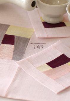 Yeori yeori petal color expression foot mats and tea / patchwork linen / ramie equation mat / linen tablecloth: Naver blog