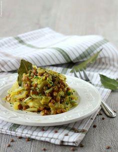 Verza lenticchie e mela bianca al curry – piatto unico vegetariano