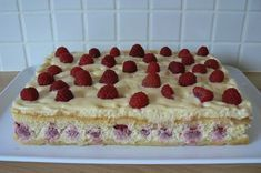 Gâteau Tiramisu aux framboises