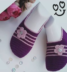 Easy Crochet Slippers, Crochet Slipper Pattern, Crochet Socks, Knitting Socks, Crochet Baby, Knit Crochet, Easy Crochet Patterns, Baby Knitting Patterns, Knitting Designs