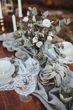 Rustic Greenery Elopement & Boho-Träume BILDERBLEIBEN http://www.hochzeitswahn.de/inspirationsideen/rustic-greenery-elopement-boho-traeume/ #wedding #boho #greenery