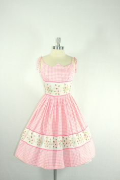 1950s Summer Dress Pink and White Gingham Cotton Full skirt swing frock by VintageFrocksOfFancy