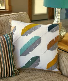 Fabulous Feathers Pillow Pattern & Tutorial