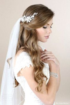 Romantic half up half down hairstyle with soft waves and tule veil. - Bridal Hair - - - Romantic half up half down hairstyle with soft waves and tule veil. Bridal Hair Half Up With Veil, Veil Hair Down, Half Up Wedding Hair, Wedding Hairstyles Half Up Half Down, Romantic Wedding Hair, Long Hair Wedding Styles, Long Hair Styles, Gown Wedding, Wedding Dresses