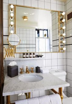 10 Easy Steps to Make the Bathroom Hotel Luxurious Style