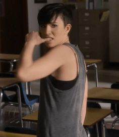 How am I supposed to walk past this gif? I love her.