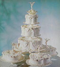 Good Things by David: Vintage Wilton Wedding Cakes, Extravagant Wedding Cakes, Amazing Wedding Cakes, Unique Wedding Cakes, Wedding Ideas, Amazing Cakes, Wedding Vows, Elegant Wedding, Bling Wedding, Unique Cakes