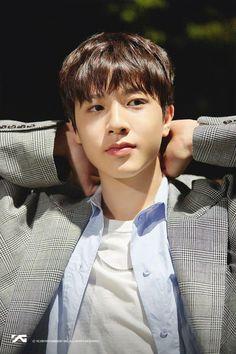 So Junghwan ✧ Yg Entertainment, K Pop, Yoshi, Yg Trainee, Survival, Handsome Korean Actors, Fandom, Treasure Boxes, Korean Celebrities