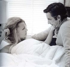 Gena Rowlands and husband John Cassavetes on the set of A Woman Under the Influence - directing his wife in one of the greatest performances ever - what a couple! Golden Age Of Hollywood, Classic Hollywood, Gena Rowlands, John Cassavetes, Geena Davis, The Love Club, Hollywood Couples, Under The Influence, Love You Forever