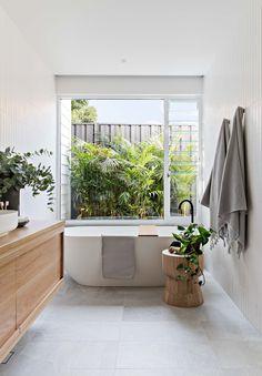 Coastal Bathrooms, Home, Gorgeous Bathroom, Small Bathroom, New Bathroom Ideas, Bathroom Model, Bathroom Inspiration, Bathroom Decor, Bathroom Renos