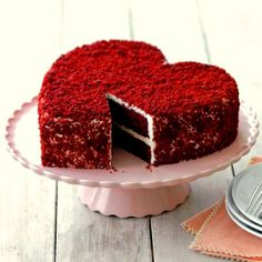 Heart shaped red velvet cake: Buy red velvet cake in heart design for your girlfriend, wife at anniversary, wedding and special occasions. Cake from branded shop with quality. Heart Shaped Birthday Cake, Red Birthday Cakes, Heart Shaped Wedding Cakes, Heart Shaped Cakes, Heart Cakes, Red Velvet Chocolate Cake, Chocolate Oreo Cake, Red Velvet Cakes, Heart Cake Design