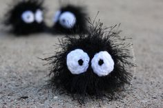 """Soot Sprite or Susuwatari (from the movies Spirited Away and My Neighbor Totoro)- Free Amigurumi Pattern - PDF File click """" download """" or """" free Ravelry download """" here: http://www.ravelry.com/patterns/library/soot-sprite-3"""