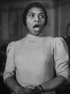 size: Premium Photographic Print: African American Singer Marian Anderson Rehearsing by William Vandivert : Marian Anderson, Opera Singers, African American Women, American Singers, Chef Jackets, Actors, Mural Ideas, Divas, Image