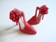 Too pretty // Handmade Miniature Shoes  Polymer Clay van YinyingO op Etsy, $38.00