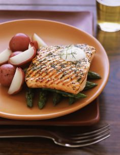 Grilled Salmon Recipe with Dill and Lemon