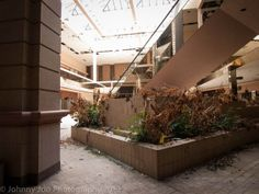 Rolling Acres Mall: Akron, Ohio via Architectural Afterlife