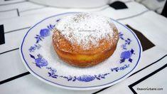 Gogosi berlineze pufoase - reteta germana de Berliner Krapfen | Savori Urbane Pancakes, French Toast, Breakfast, Food, Sweet Treats, Morning Coffee, Meal, Crepes, Essen
