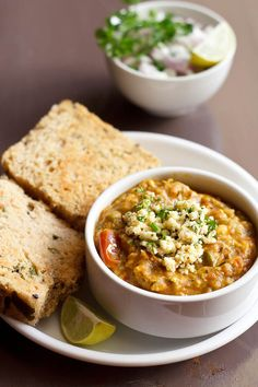 paneer pav bhaji – popular street food of mumbai. #pavbhaji #paneer