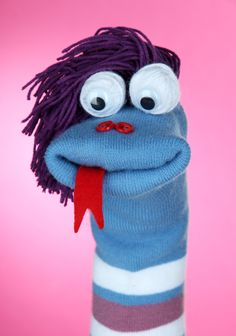 Repurpose single socks with your kids with these fun DIY sock puppet ideas. This is a great craft for a rainy day and makes use of those pairs of mismatched socks.