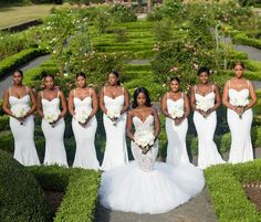 Trendy Black And White Bridal Party Bridesmaid Dresses Beautiful Ideas All White Wedding, White Bridal, Mod Wedding, Dream Wedding, All White Party, Geek Wedding, 2017 Wedding, Wedding Book, Wedding Bells