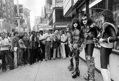 Kiss Images, Kiss Pictures, Kiss Group, Kiss Concert, Kiss Members, Vinnie Vincent, Perfect Kiss, Peter Criss, Vintage Kiss