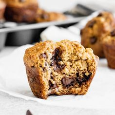 Healthy banana muffins with chocolate chips for a little indulgence. The greek yogurt adds protein and keeps the muffins moist. You'll love these easy banana muffins -- made without butter or refined sugar! Healthy Banana Muffins, Banana Chocolate Chip Muffins, Chocolate Chips, Banana Muffins With Yogurt, Skinny Muffins, Veggie Muffins, Muffin Recipes, Snack Recipes, Banana Recipes