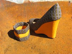 African print fabric shoes.