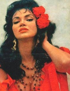 Chelo Alonso aka the Cuban H-Bomb former dancer, model and actress. Vintage Black Glamour, Vintage Beauty, Vintage Fashion, Vintage Hollywood, Hollywood Glamour, Glam Rock, Chicano, Kendall Jenner, Cuban Women