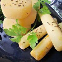 Recept : Domácí tvarůžky | ReceptyOnLine.cz - kuchařka, recepty a inspirace Celery, Ham, Side Dishes, Good Food, Food And Drink, Dairy, Low Carb, Keto, Banana