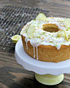 tengo un plan b: Pastel de Lima y Coco - Total Coconut and Lime cake