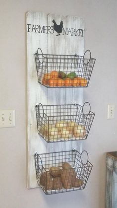 Farmers Market 3 basket wall decor, Farmers Market produce storage, Rustic produce rack, Farmhouse style produce rack, Rustic kitchen decor Farmers Market Basket Produce Storage This quaint farmers market basket storage would be a wonderfu Farmhouse Style Kitchen, Farmhouse Kitchen Decor, Rustic Farmhouse, Rustic Kitchen Wall Decor, Farmhouse Baskets, Farmhouse Design, Farm House Kitchen Ideas, Farmhouse Ideas, Farmhouse Style Decorating