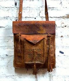 Leather bag | @invokethespirit