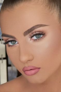 Trendy Makeup Ideas For Quinceanera Make Up Wedding Hairstyles Ideas Wedding Makeup Tips, Natural Wedding Makeup, Bride Makeup, Natural Makeup, Pink Lip Gloss, Pink Lips, Plum Lipstick, Long Lasting Lip Gloss, Wedding Make Up