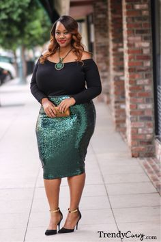 plus size fashion - kelly augustine: holiday lookbook with rent