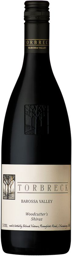 Torbreck 'Woodcutters' Shiraz 2014 Full of dense, savoury fruit Generous and well structured The 2014 vintage is a rich and complex wine. Wine Australia, Red Wine, Alcoholic Drinks, The Unit, Fruit, Bottle, Vintage, Swiss Guard, Wine