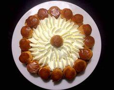 La ricetta di oggi arriva direttamente dalla #Francia. Ecco a voi la #torta #Saint #Honorè! // This recipe comes directly from #France. Here it is the #SaintHonorè #cake! #french #delikatessen #pasticceria #homemade #patisserie #recette #foodblog #blog #instafood #foodnetwork #easy #yummy #pastry #gateau #puff #sfoglia #feuillete #choux #bignè #creme
