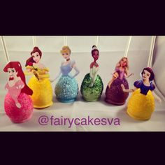 Disney Princess Cake Pops Dozen by FairyCakesVA on Etsy Disney Princess Party, Princess Birthday, Girl Birthday, Birthday Cakes, Birthday Ideas, Cupcakes, Cupcake Cakes, Princess Cake Pops, Best Party Food