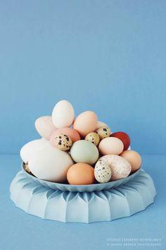 Easter - with studio Lenneke Wispelwey Easter Weekend, Ceramic Studio, Happy Easter, Food Art, Eye Candy, Instagram Posts, Crafts, Porcelain Ceramics, Pastels
