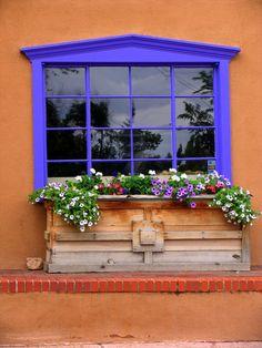 Santa Fe Window Box