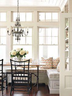 Splendid Sass | Dining Nook