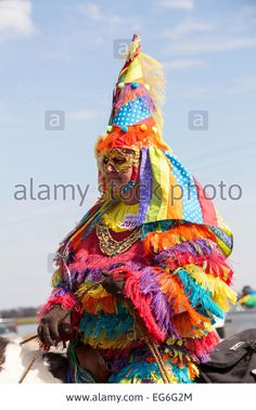 Stock Photo - Costumed revelers during the Eunice Courir de Mardi Gras chicken run on Fat Tuesday February 2015 in Eunice, Louisiana. The traditional Cajun Mardi Gras involves costumed Mardi Gras Outfits, Carnival Outfits, Mardi Gras Costumes, Mardi Gras Centerpieces, Mardi Gras Decorations, Live Chicken, Chicken Runs, Mardi Gras Food, Mardi Gras Party