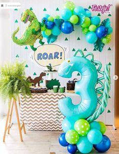 1st Boy Birthday, 3rd Birthday Parties, Birthday Party Decorations, 3 Year Old Birthday Party Boy, Birthday Ideas, Cadeau Baby Shower, Idee Baby Shower, Dinasour Birthday, Dinosaur Birthday Cakes